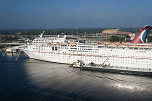Cruise Ship in Mobile