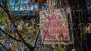 No Crabbing or Fishing Sign