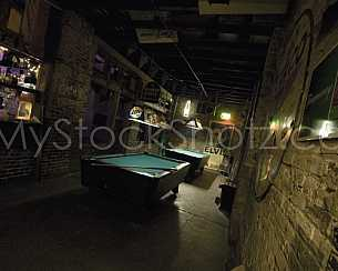 Bar in Downtown Mobile - Play Pool